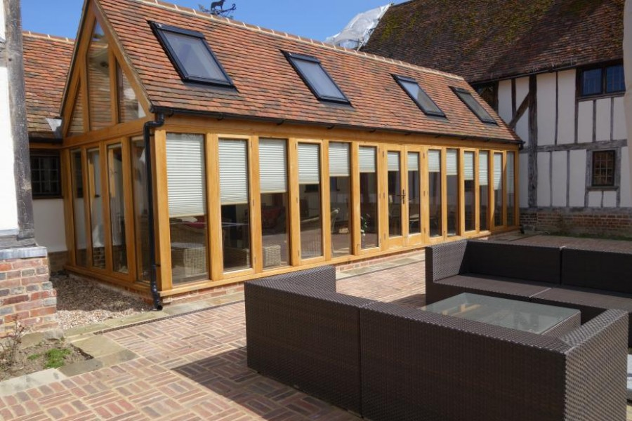 New oak frame garden room in kent news anthony hicks for Garden rooms kent