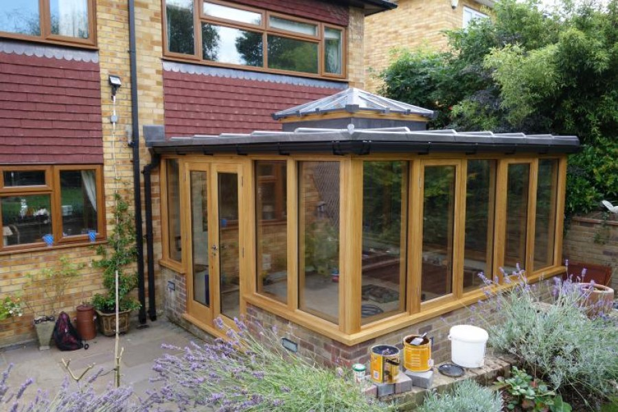 Oak garden room in chelsfield kent news anthony hicks for Garden rooms kent