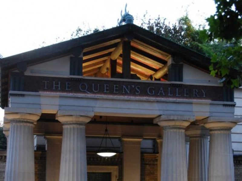 Oak Portico - The Queens Gallery