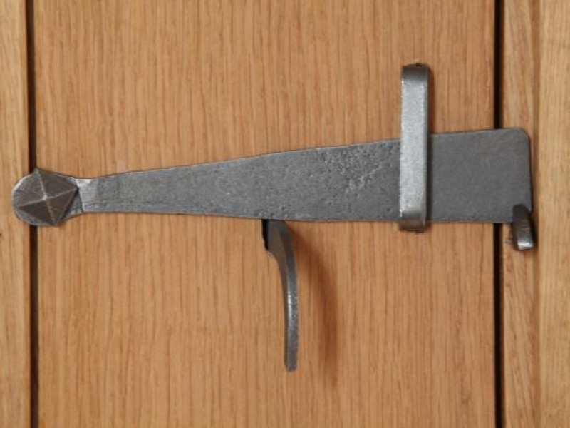 Traditional Latch